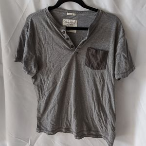 Abercrombie and Fitch gray pocket muscle tee mens